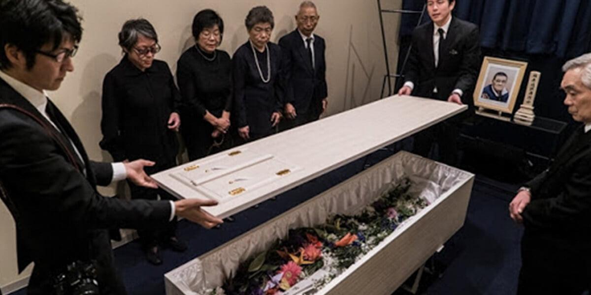 Trang Phục Tang Lễ Của Người Nhật