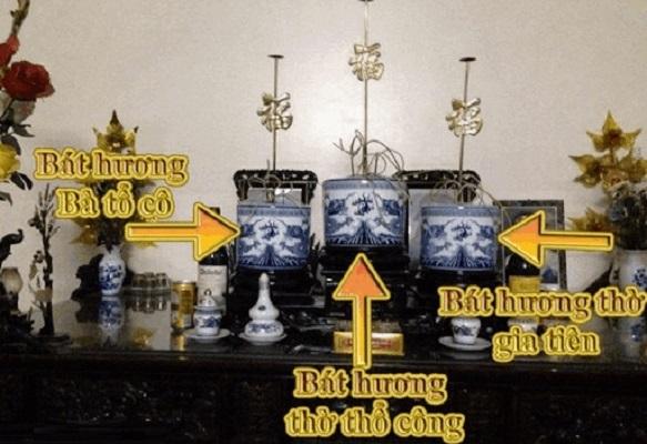 bát hương thổ công thờ chung với gia tiên