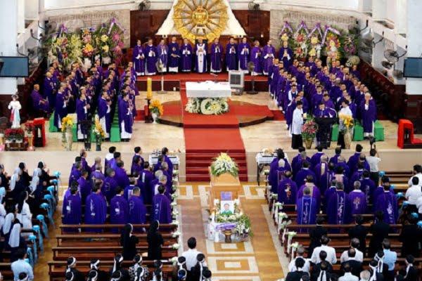 Nghi Thức Di Quan Trong Tang Lễ Công Giáo