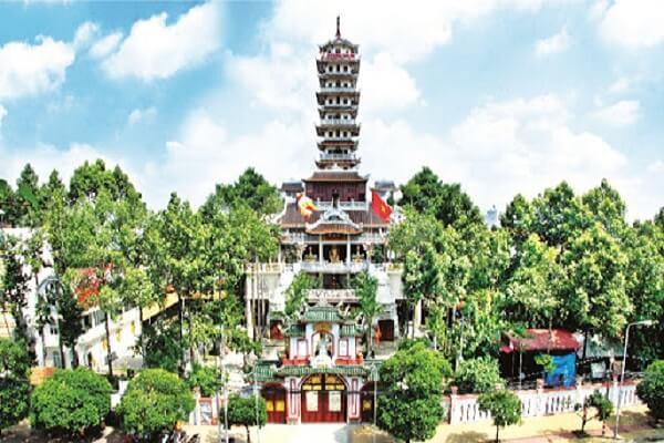 Nhà Tang Lễ Tân Phú Chùa Pháp Vân